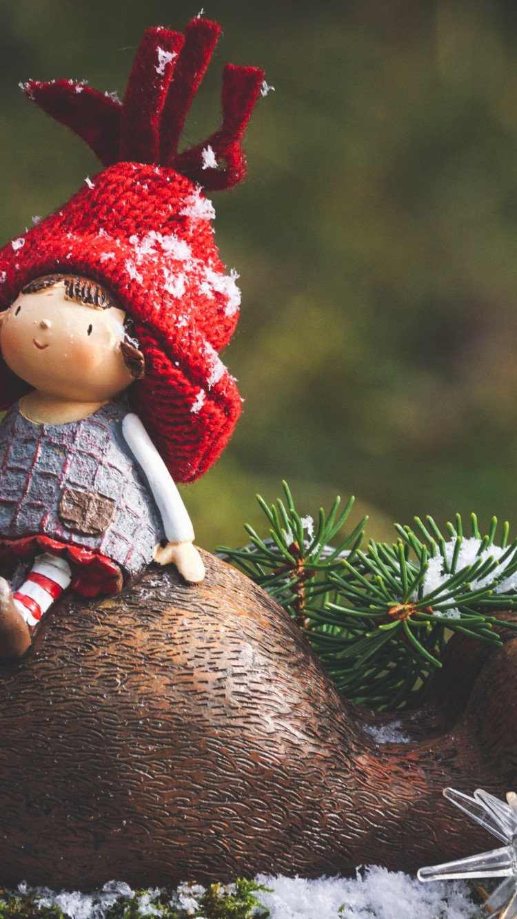 Cute Christmas decoration wallpaper 750x1334