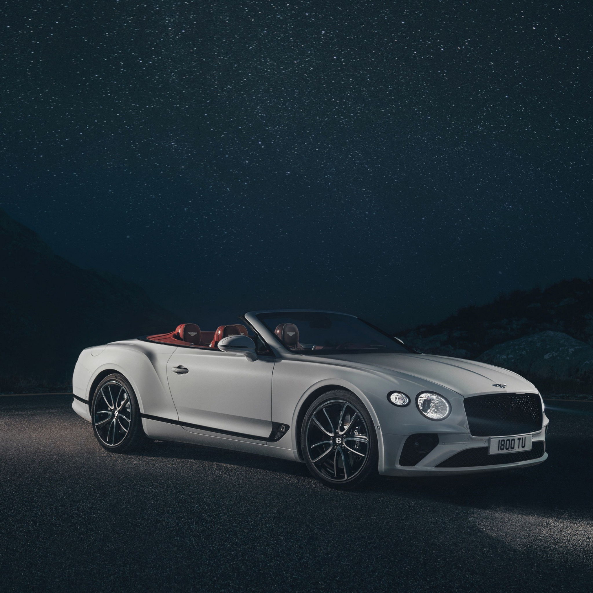 Bentley Continental GT | 2048x2048 wallpaper
