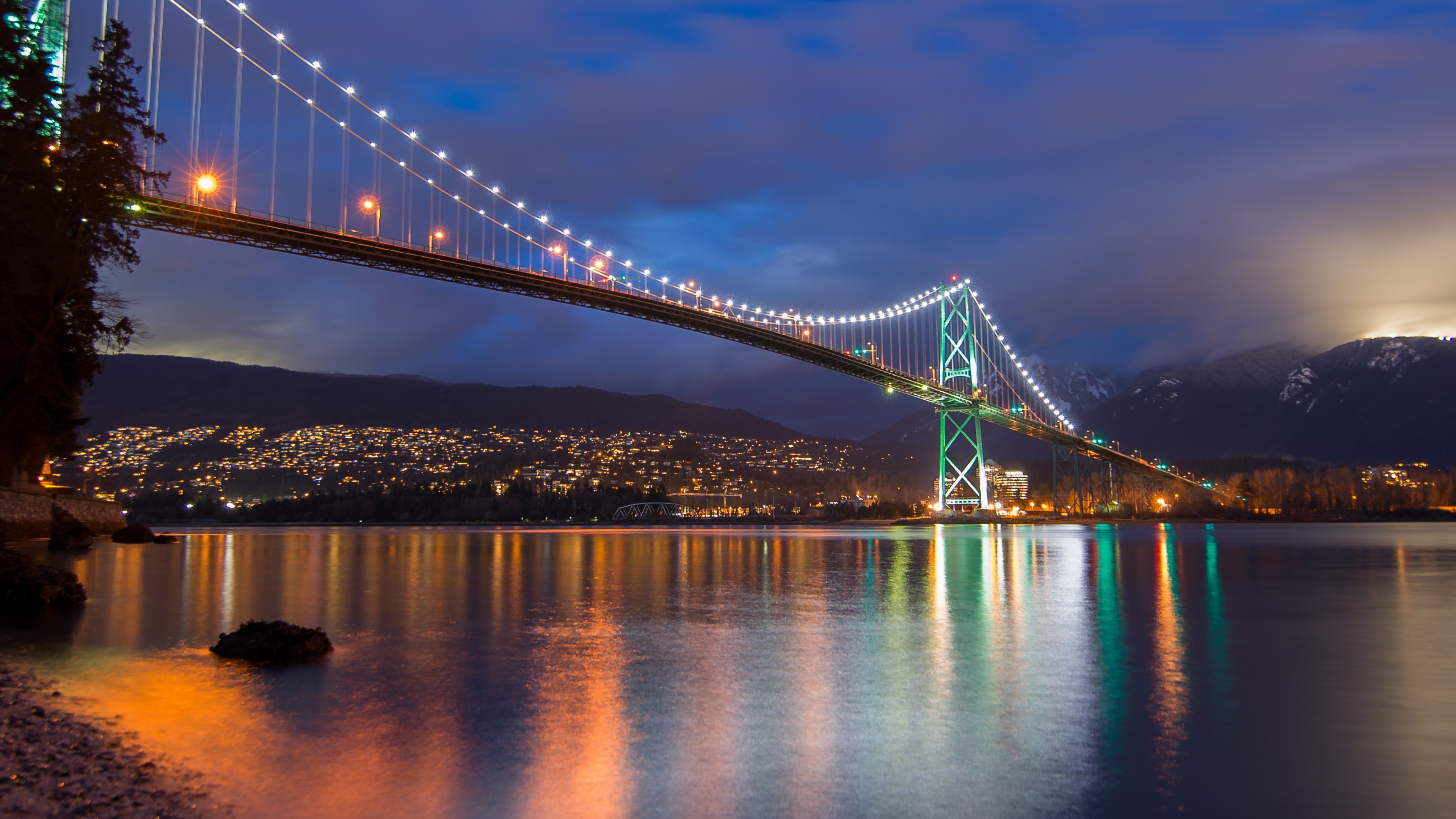 Lions Gate Bridge, Burrard Inlet, British Columbia wallpaper 3840x2160