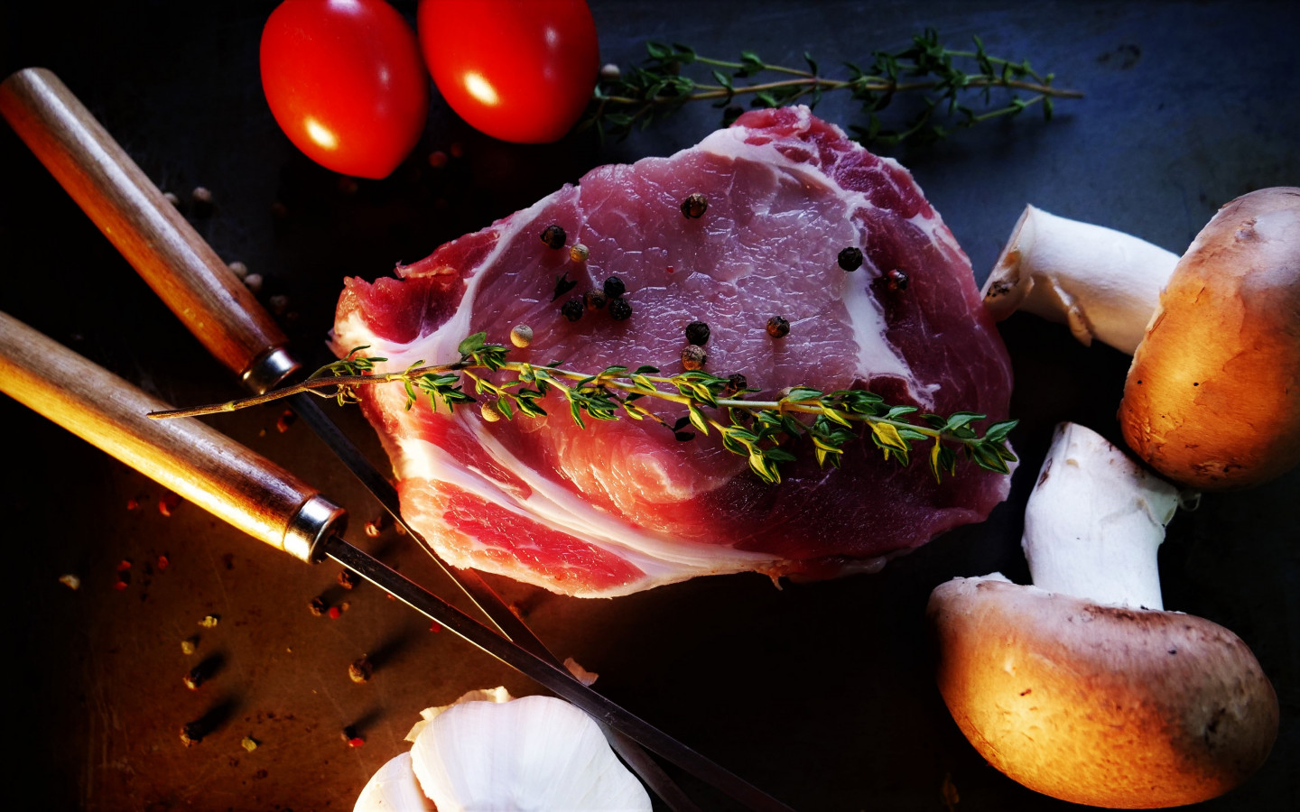 Ready for a tasty steak with mushrooms, tomatoes wallpaper 1440x900