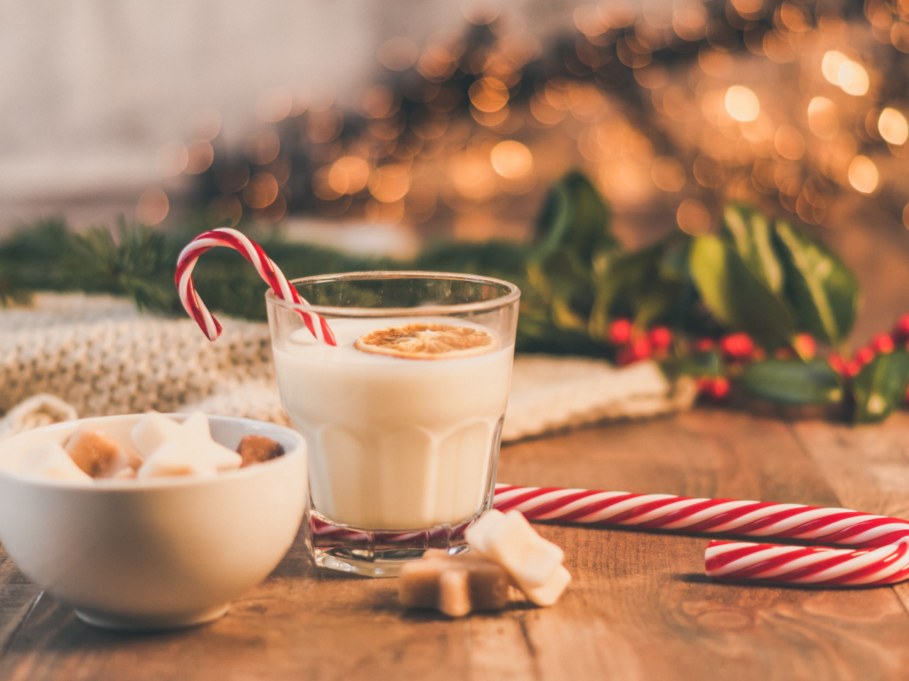 Seasonal Christmas sweets and cup of milk wallpaper 1280x960