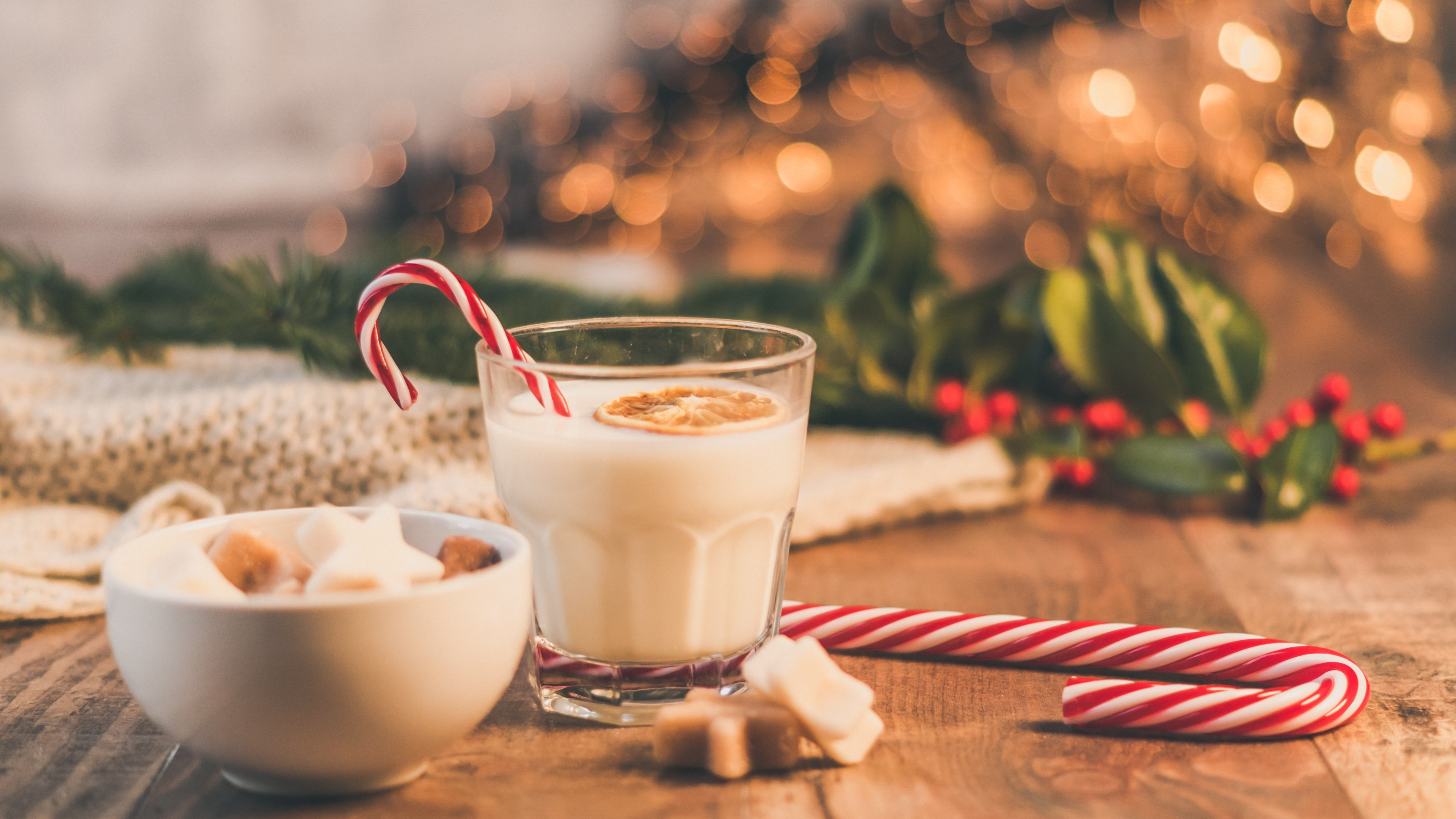 Seasonal Christmas sweets and cup of milk | 3840x2160 wallpaper