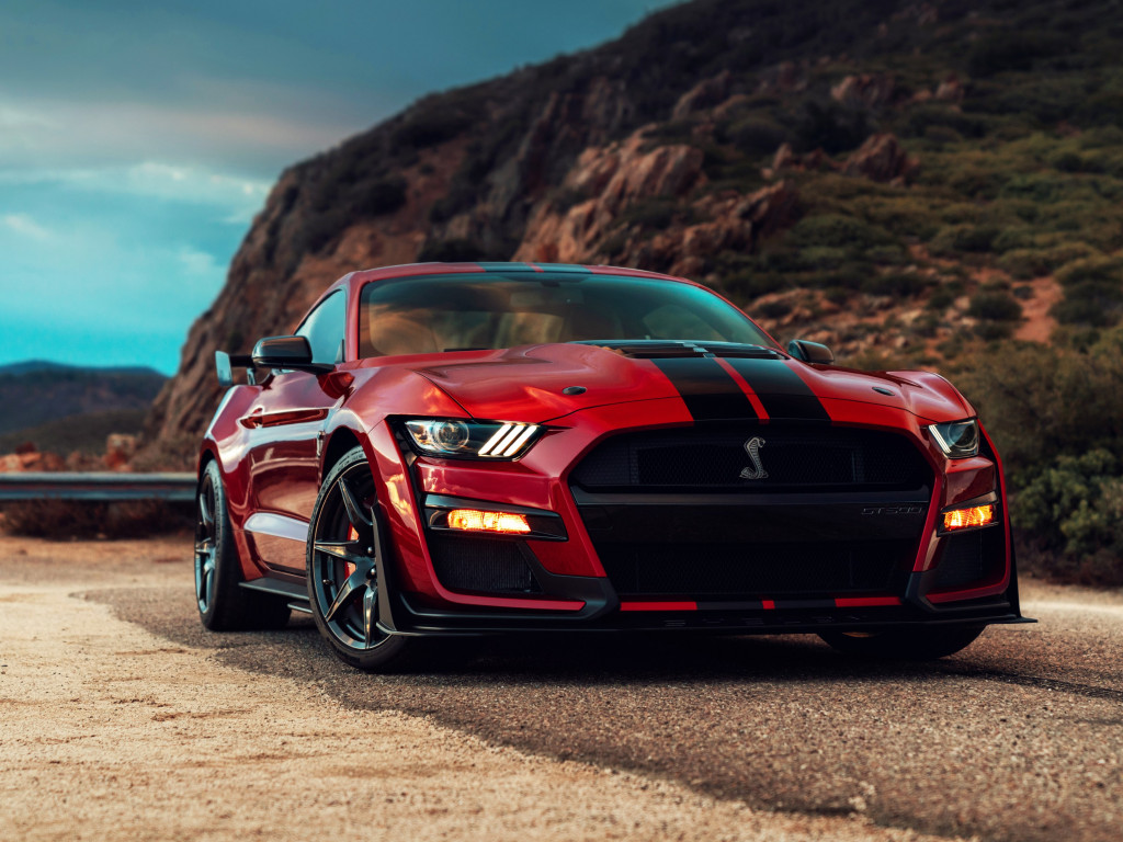 Ford Mustang Shelby GT500 wallpaper 1024x768