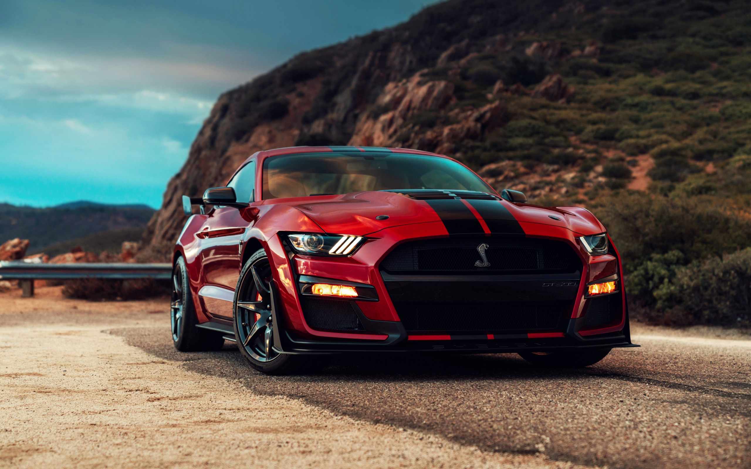 Ford Mustang Shelby GT500 | 2560x1600 wallpaper