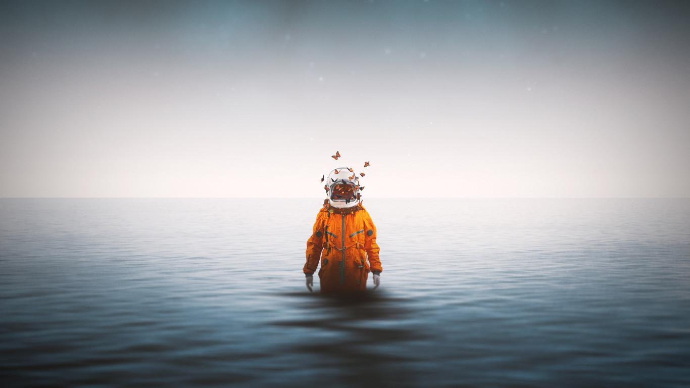 Lonely astronaut wallpaper 1366x768