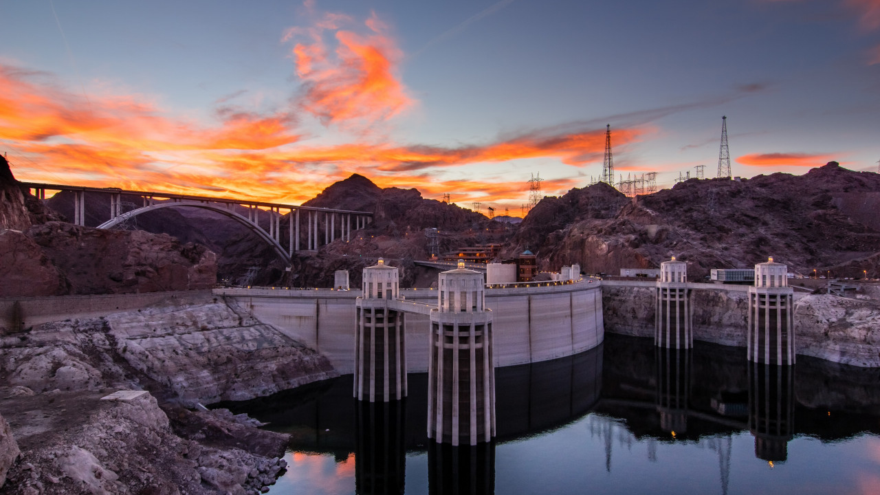 Hoover Dam at sunset wallpaper 1280x720
