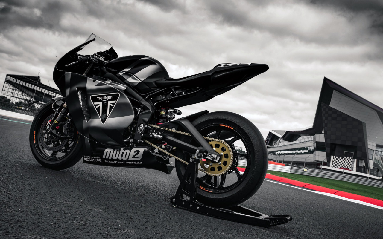 Triumph Daytona 765 | 1280x800 wallpaper