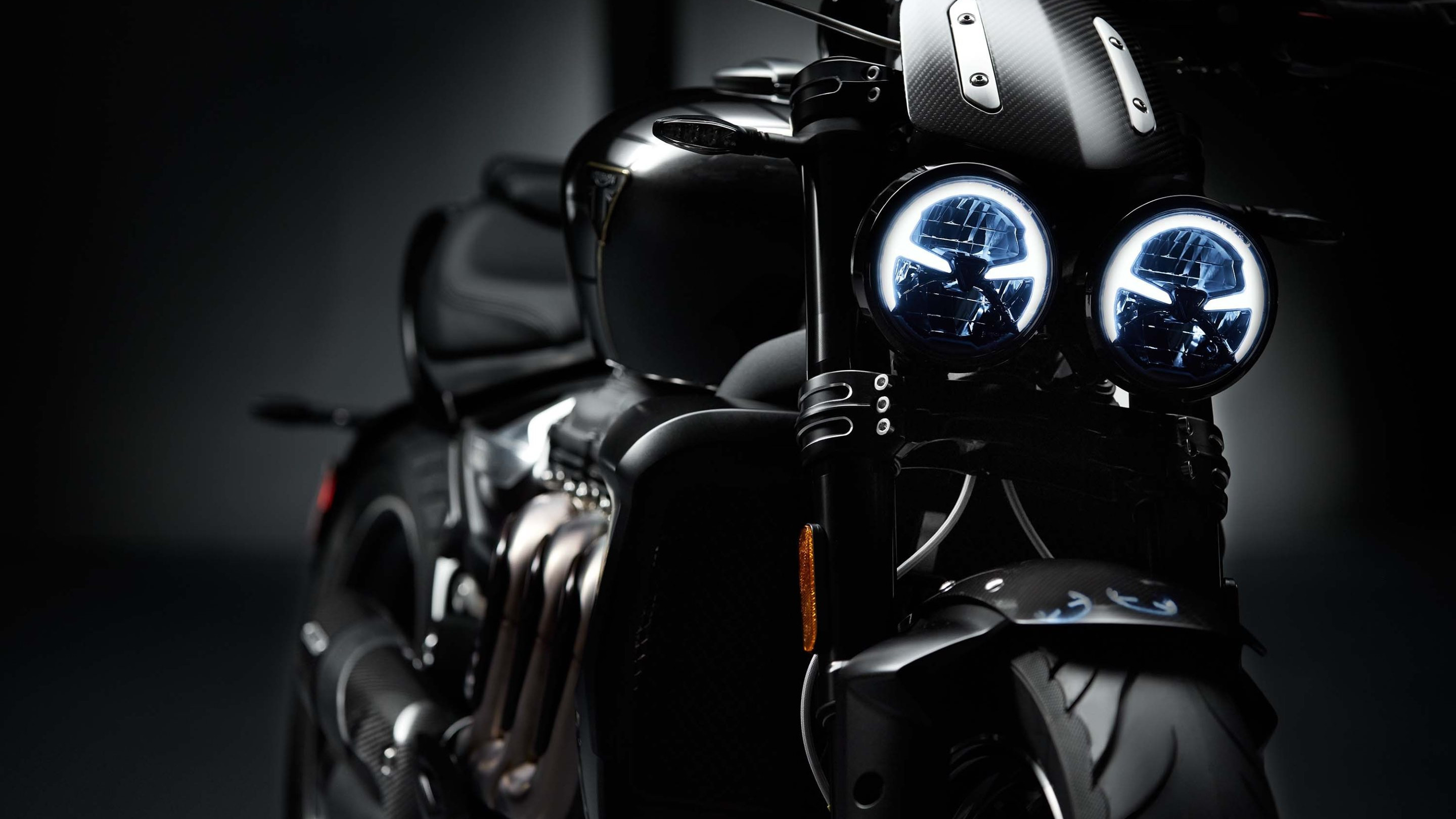 Triumph Rocket 3 TFC | 2880x1620 wallpaper