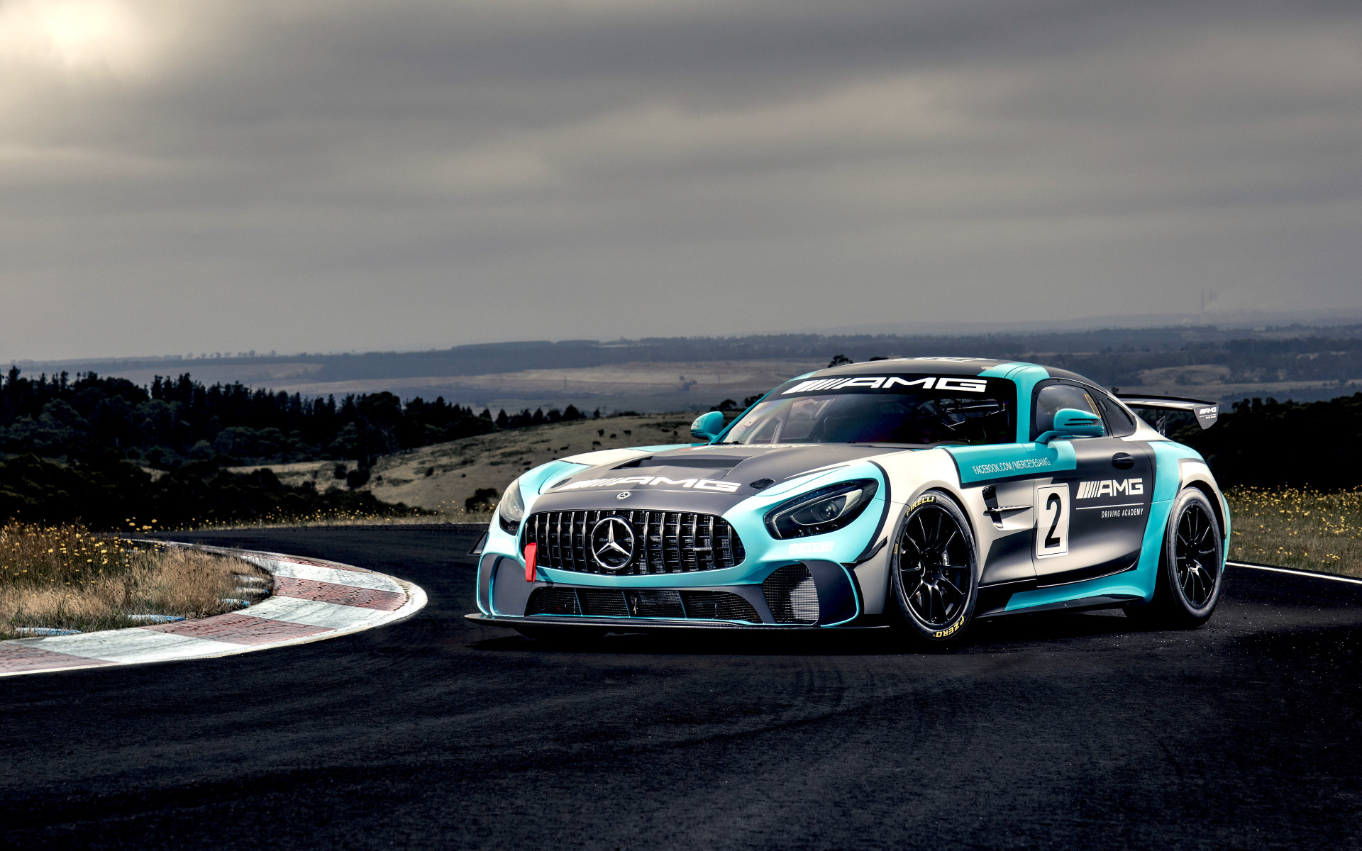 Mercedes AMG GT4 wallpaper 1920x1200