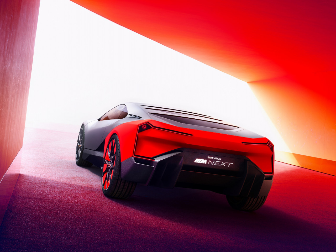 BMW Vision M NEXT wallpaper 1280x960