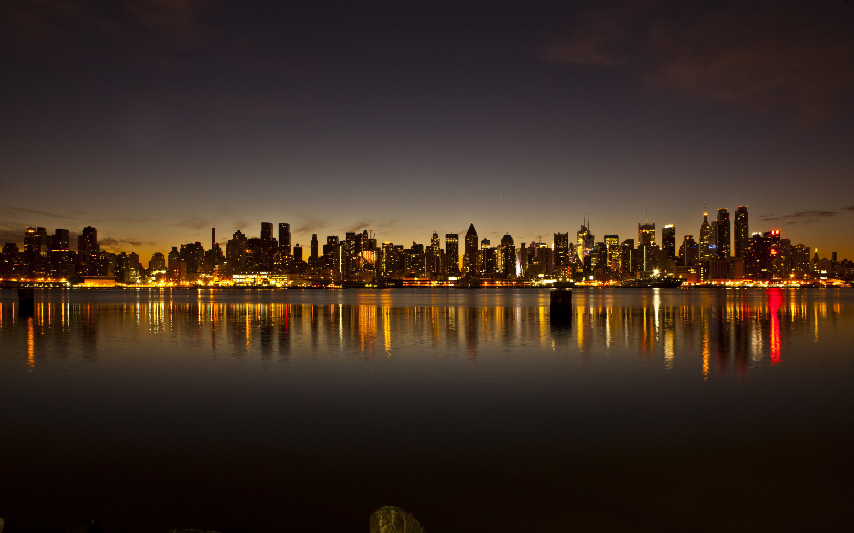 New York city skyline wallpaper 1680x1050