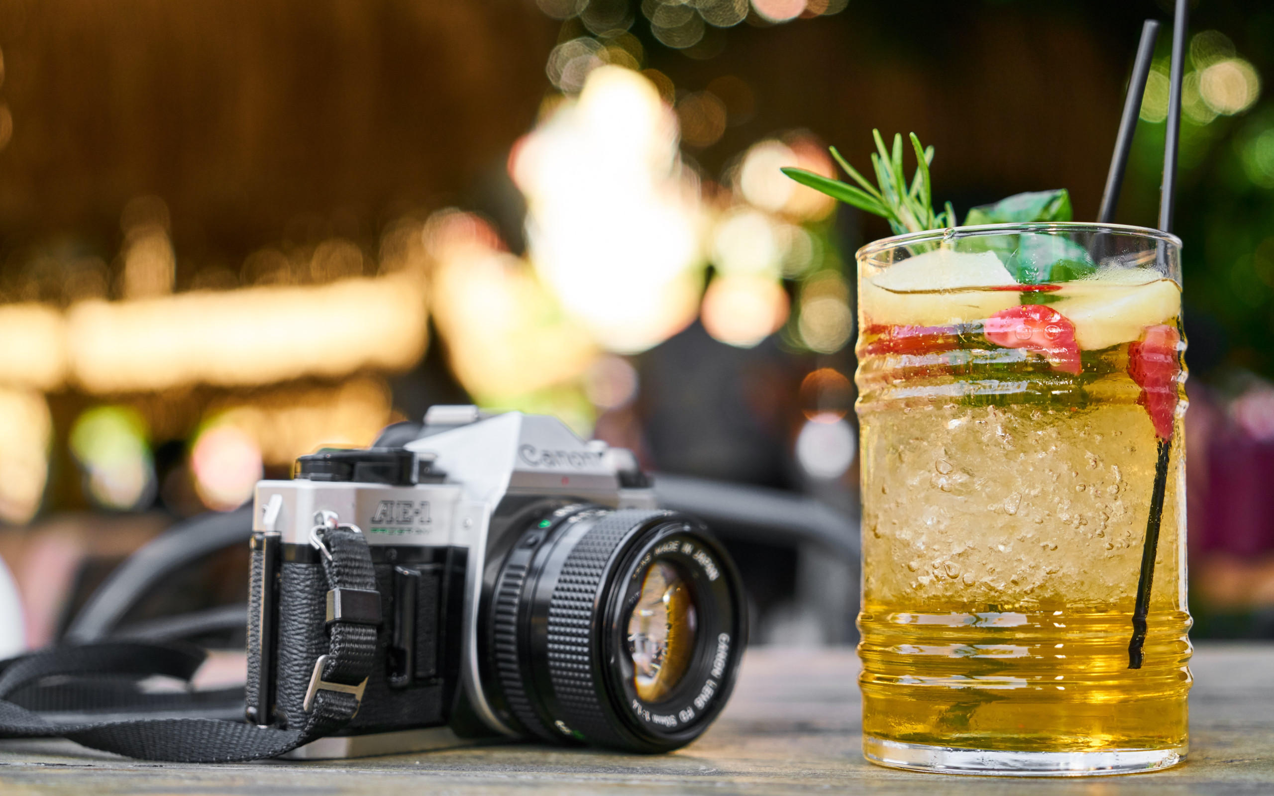 Retro photo camera and one cold drink wallpaper 2560x1600