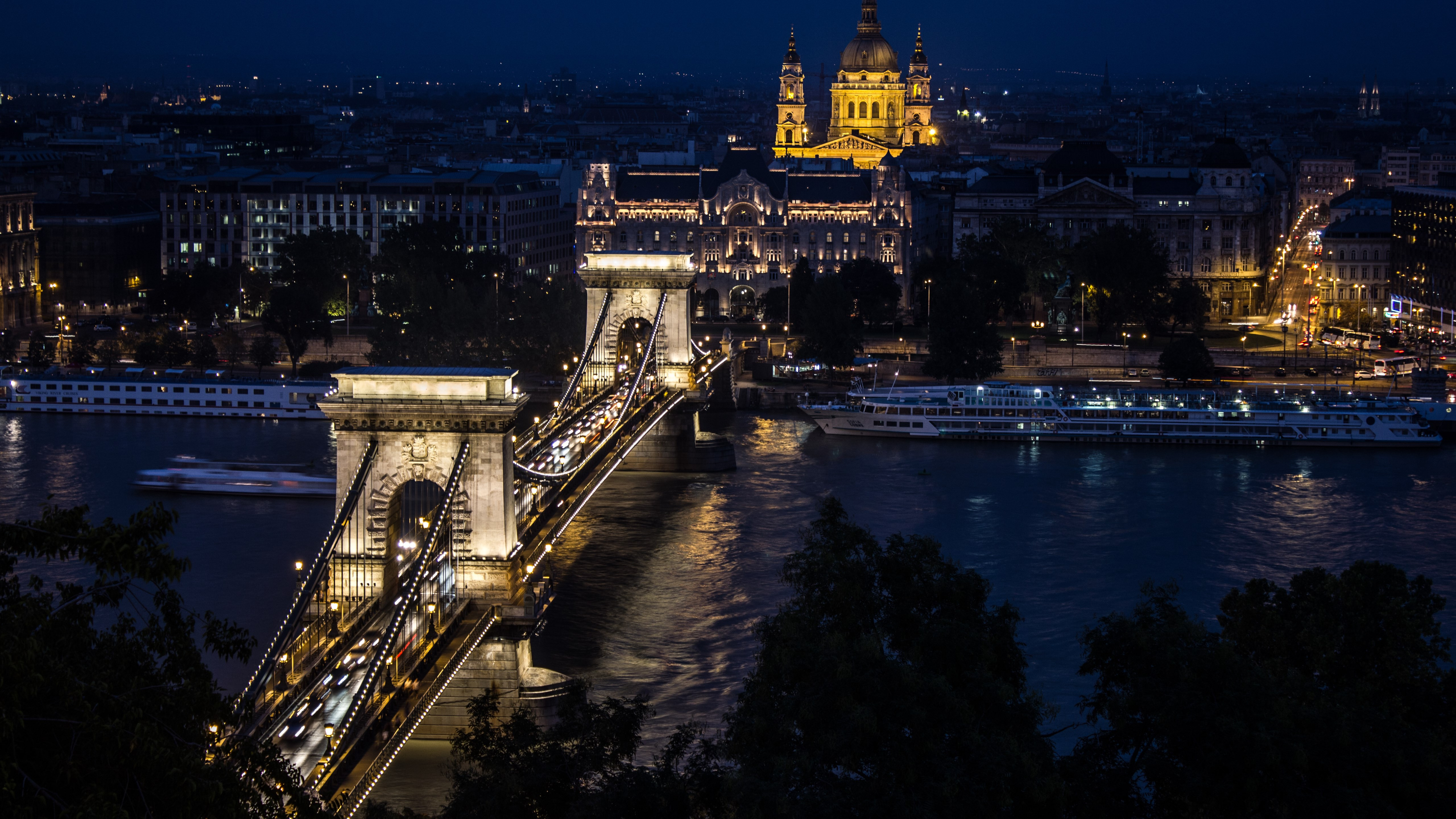 Budapest by Night wallpaper 5120x2880