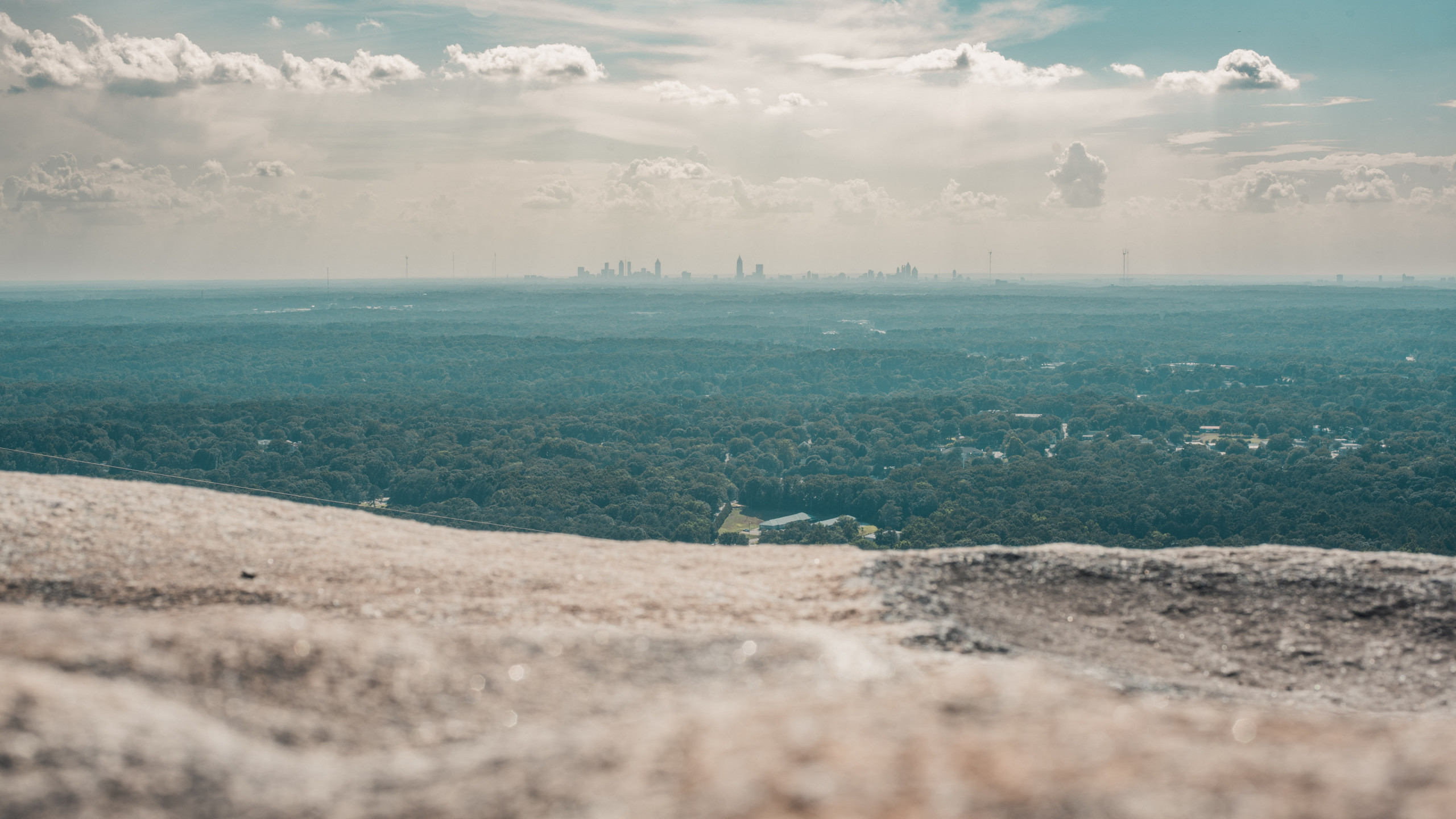 Top of Stone Mountain, Georgia wallpaper 2560x1440