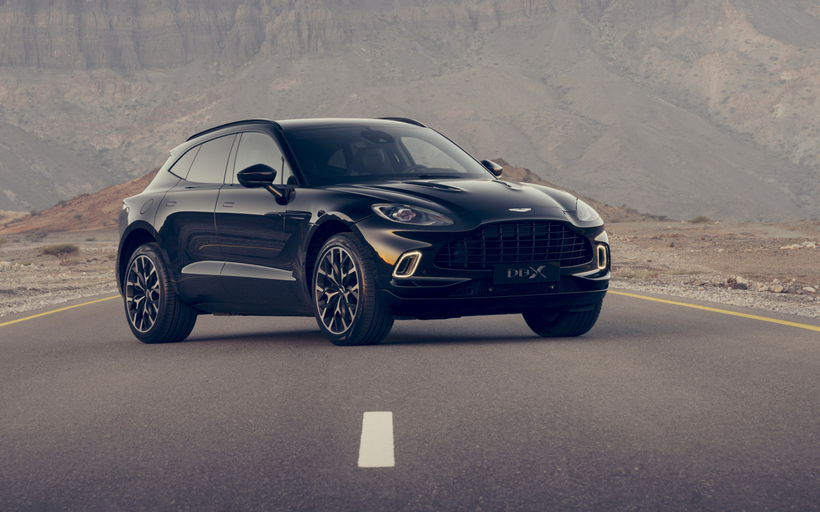 Aston Martin DBX wallpaper 1680x1050