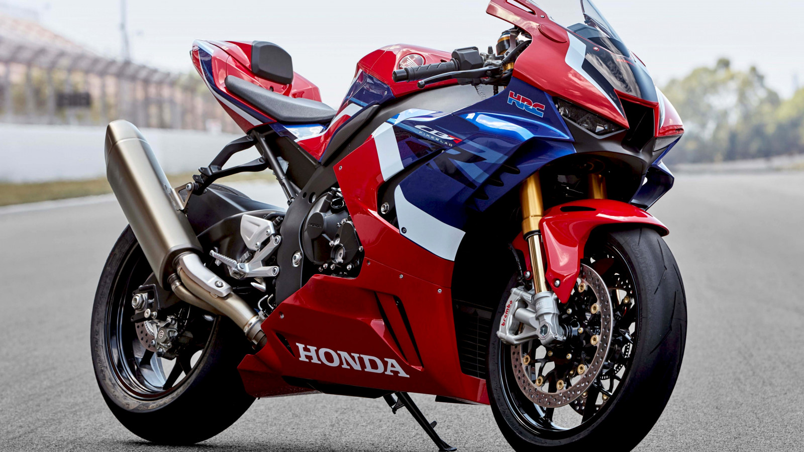 Honda CBR1000RR R SP wallpaper 1600x900