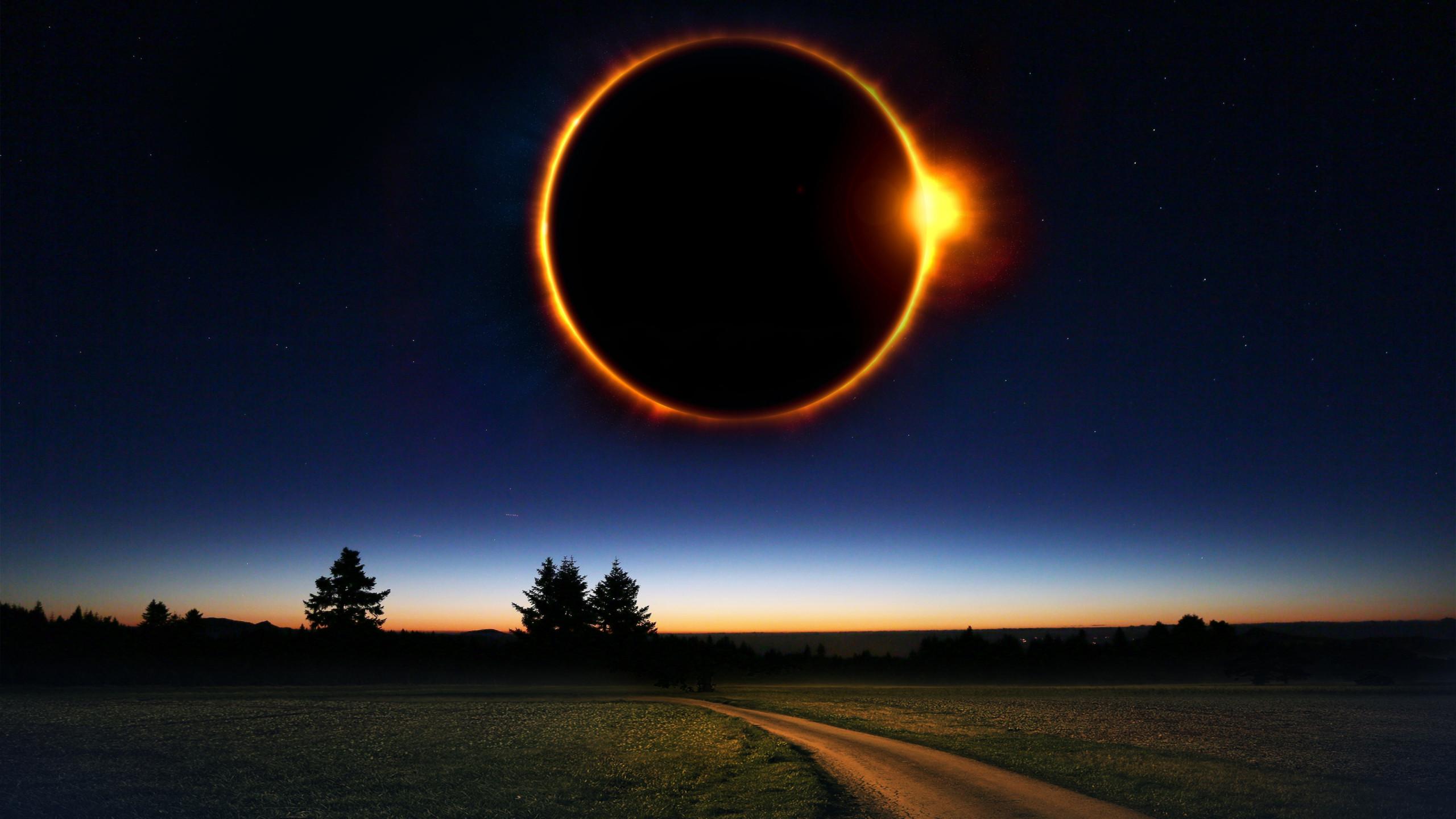 Download Wallpaper Fantasy Solar Eclipse 2560x1440