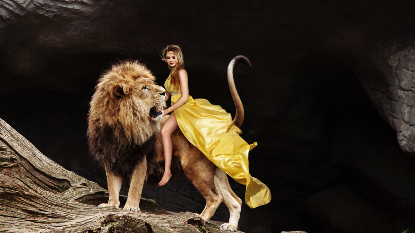 Lady and the Lion King wallpaper 1366x768