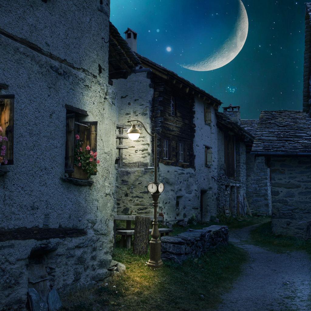 Walk through the medieval city under the moonlight wallpaper 1024x1024