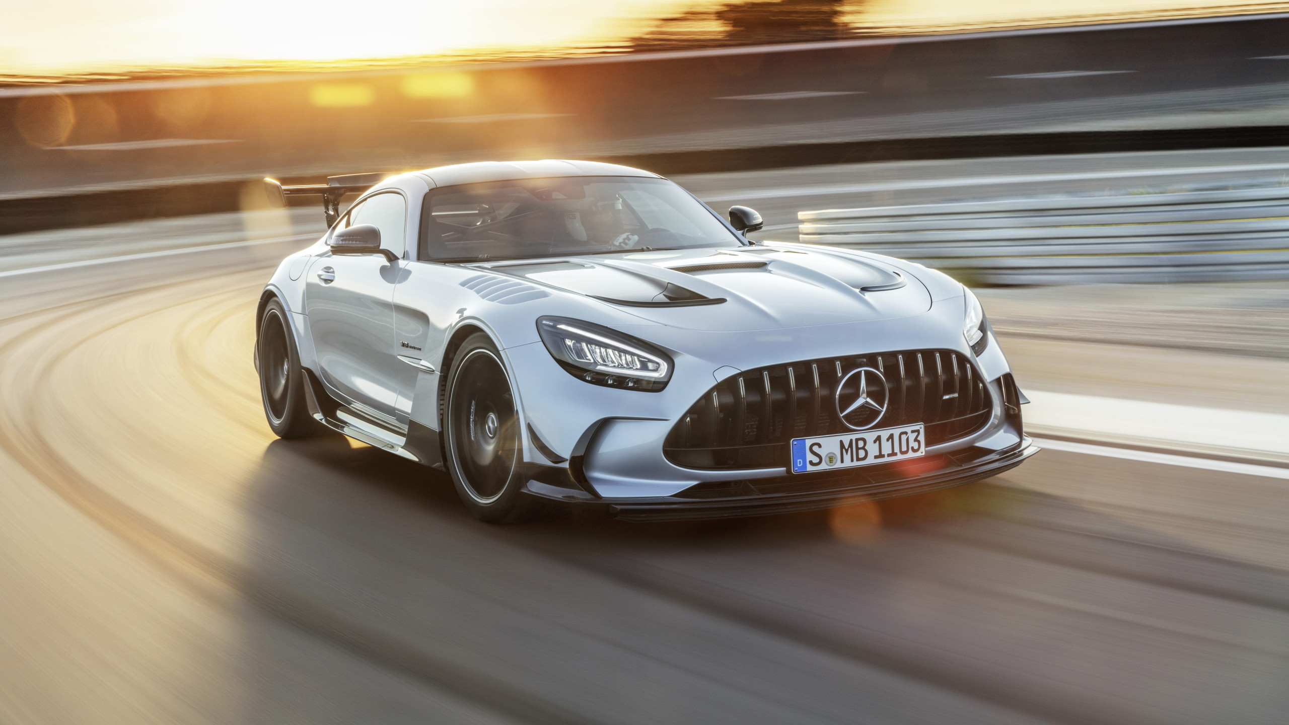 Mercedes AMG GT Black Series 2020 wallpaper 2560x1440
