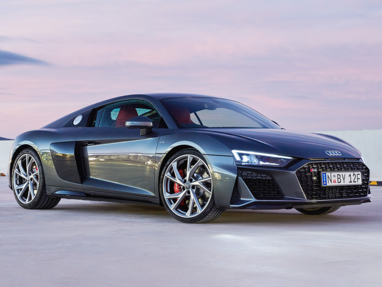 Audi R8 V10 RWD Coupe wallpaper 1280x960